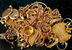 Nigerians Hide Your Gold The Federal Government May Come For It Soon (Find Out Why)   Whatsapp / Call 2349034421467 or 2348063807769 For Lovablevibes Music Promotion   Speaking in an exclusive interview on Channels Television Adeyemi Dipeolu special adviser to president Muhammadu Buhari on economic matters says all hands have to be on deck to effectively tackle Nigerias myriad of economic problems. Preferrably hands with gold watches chains and other accessories. According to TheCable News…