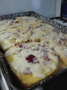 Medvehagymás bundás kenyér Mashed Potatoes, Sandwiches, Food And Drink, Breakfast, Ethnic Recipes, Whipped Potatoes, Morning Coffee, Smash Potatoes, Paninis