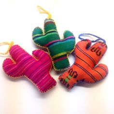 Mexican Style Fabrics, Accessories, Gifts and Decor by NellywithWings Christmas Tree Decorations Sets, Christmas Tree Ornaments, Christmas Crafts, Tilda Toy, Mexican Style, Felt Crafts, Holiday Crafts, Quilt, Cacti
