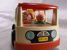 Vintage Fisher Price Little People Mini Bus And 5 People Nice Condition 1969.epsteam