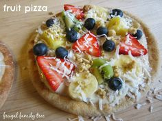 Jungle Book Inspired Healthy Fruit Pizza #JungleFresh #SoFab #shop