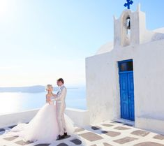 Sunrise Greece - Wedding Photoshoot (via Xiaxue)