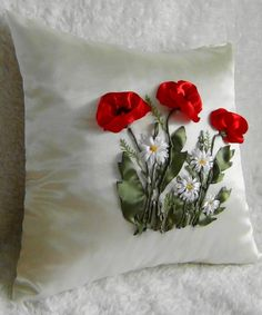 Poppies and daisies #ribbonEmbroidery