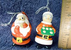 2001 Topps Santa Claus and Mrs. Claus 2001 Topps https://www.amazon.com/dp/B01LX3AJXW/ref=cm_sw_r_pi_dp_x_jGcpybS85P2DV