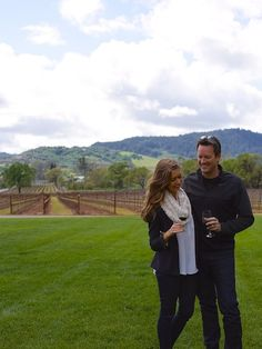 How to Have the best wine country trip ever Napa Wine Tasting, Napa Valley Wineries, Sangria Wine, Sonoma Wine Country, Napa Sonoma, In Vino Veritas, Travel Couple, Oh The Places You'll Go, Travel Destinations