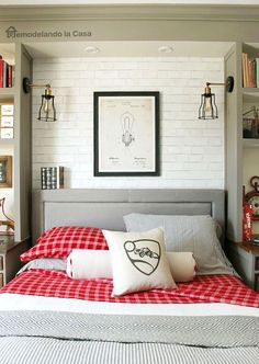 Home decor-Teen Boy Bedroom - Grey and red - Industrial - Rocket League