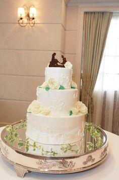 ウェディングケーキ ✳︎テーマはシンデレラ✳︎ 招待状から始まり一連のストーリー仕立てのウェディングにしました