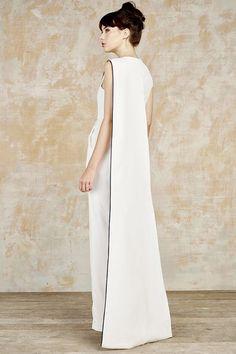 Alternative Looks For Modern Brides | sheerluxe.com