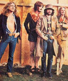 Led Zeppelin: led-zeppelin-out-on-the-tiles: Backstage at the...