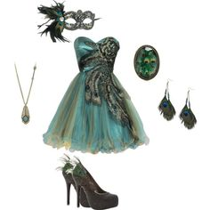 Peacock! Masquerade party anyone?! (I hope I spelled that right)   This would look the bomb dot com on Angel!