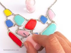 here i am LouLou: DIY: How to make a bright colour statement necklace  http://www.hereiamloulou.com/2012/08/diy-how-to-make-bright-colour-statement.html