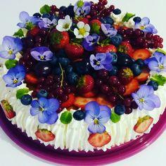 Berrie flower cake