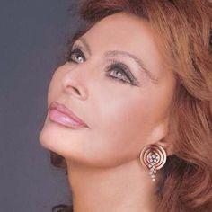 Sophia Loren. A true beauty from the golden era.