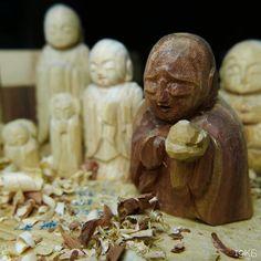 召された者の鎮魂を残された者の安寧を少しでも早く少しでも多くお願い申し上げる #日々謹刻 #御行奉為 #山川草木悉皆成仏 #祈り #平穏 #鎮魂 #仏像 #彫刻 #佛彫り #佛 #buddha #pray for...