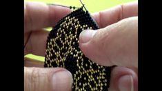 Video Crochet Coat, Bead Crochet, Crochet Earrings, Crotchet, Baby Dress Patterns, Crochet Patterns, Beaded Jewelry Designs, Knitted Bags, Handmade Bags
