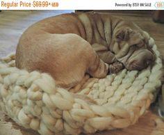 SALE Dog Bed, Chunky Dog Bed, Wool Dog Bed, Dog mat, Large Dog Bet, Pet bed