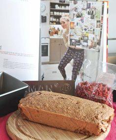 Rens Kroes Breakfast Cake Healthy Breakfast Muffins, Breakfast Cake, Brunch Recipes, Breakfast Recipes, Snack To Go, Good Food, Yummy Food, Happy Foods, Food 52