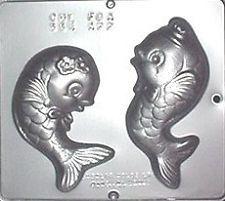 NEW 2Cav HAPPY FISH Chocolate Candy Plaster Soap Mold