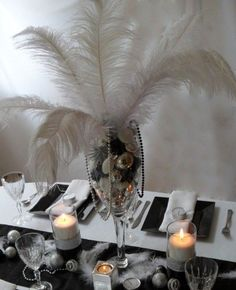 19 Popular New Years Eve Party Table Decoration Ideas. If you are looking for New Years Eve Party Table Decoration Ideas You come to the right place. New Years Eve Dinner, New Years Eve Party, Party Table Decorations, Decoration Table, New Years Party Themes, Black Centerpieces, Centerpiece Ideas, Wedding Centerpieces, Balloon Centerpieces