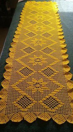 Best 11 How to get your interior design business started - Crochet Filet Crochet Table Runner Pattern, Crochet Tablecloth, Crochet Flower Patterns, Crochet Designs, Crochet Flowers, Knitting Patterns, Crochet Chart, Filet Crochet, Crochet Motif