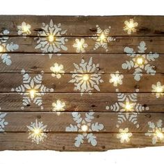 Some old wood and lights never looked so amazing!!