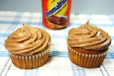 Banana Cupcakes with Ovaltine Frosting Muffins, Ovaltine, Your Lips, Frosting, Banana, Desserts, Cakepops, Food, Drink