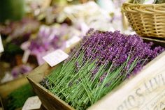 love the lavender in the wooden box