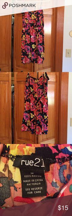 Medium short dress! Cute, size medium sun dress Rue 21 Dresses Midi