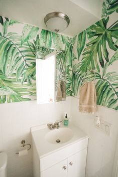 Do you have a plant in a bathroom? Bathroom decor looks great with a green floral motif. Like this Banana Plantation removable wall mural - humid proof wall decor #walldecor #greenbathroom #Greendecor #greenmural #Greenwallpaper #floralwall #floralprint #greenfloral #floraldecorideas #bathroom #bathroomdecor #bathroomideas #homeideas #homedecor #homedesign #designideas #Modernbathroom #moderndecor #whitecolor #greencolor