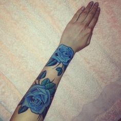 ~blue roses symbolize the longing to attain the impossible~ ~some cultures believe that the holder of a blue rose will have their wishes granted~