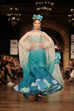 Wappíssima - We Love Flamenco 2016 - Santana Diseños - Trajes De Gitana 8a74dcc56af