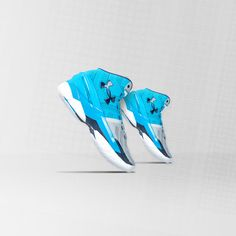 The world's indisputable 3-point king has a new Carolina-inspired shoe. The Under Armour Curry 2 'Electric Blue'.