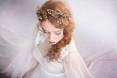 Tiaras - Tocado y coronas para novias estilo vintage -  Golden vintage crown Hair jewellery - hecho a mano en DaWanda.es