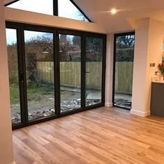 Top Bungalow Home Renovation Ideas Bungalow Extensions, Garden Room Extensions, House Extensions, House Extension Plans, House Extension Design, Extension Ideas, Rear Extension, Home Renovation, Kitchen Diner Extension