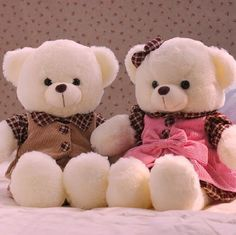 Happy Teddy Day Pic: Get the details for Happy Teddy Day Pic 2020 Images Photos Pictures Wallpaper Wishes Status Shayari Messages Quotes GIF, Happy Teddy bear Day Happy Teddy Bear Day, Cute Teddy Bear Pics, Teddy Bear Images, Teddy Day, Giant Teddy Bear, White Teddy Bear, Teddy Bear Pictures, Stuffed Animals, Teady Bear