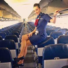 Instagram media by ohstewardess - Welcome to the lovely @lindzobrien #USAirways #flightattendant #flightcrew #crew #crewlife #flightattendantlife #airline #aviation #travel #tourism #flying