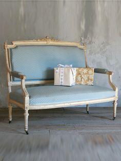 beautiful antique settee