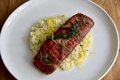 https://flic.kr/p/QjKbkN | Filet Saltimbocca. File mignon envolto em presunto de parma, sálvia, gralhado na manteiga e para completar um risoto de limão siciliano | Saltimbocca. File mignon wrapped in parma ham, sage, grilled in butter plus a sicilian lemon risotto