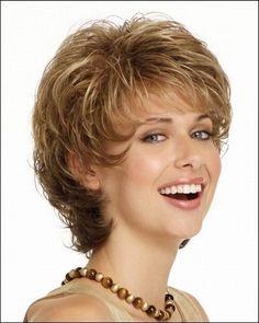 Beautiful Graceful Chic Medium Short Wavy Women Wigs