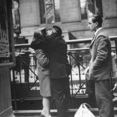 Amor y despedidas en tiempos de Guerra (Fotos de Alfred Eisenstaedt)