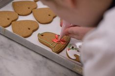 The Queen's Pastry Chefs Revealed Two Classic Holiday Recipes The Royals Love Chefs, Christmas Gingerbread, Gingerbread Cookies, Royal Christmas, Xmas, Egg Free Recipes, Cookie Recipes, Ginger Bread Biscuits, Buckingham Palace