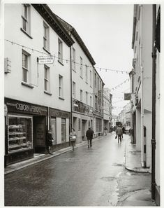 Back In Time, Historical Photos, Honey, History, Welsh, Street, Historical Pictures, Historia, Welsh Language