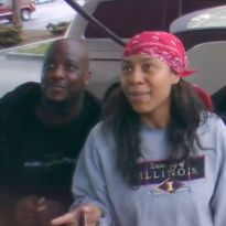 Surprise Gas Pump Rock Stars - This made my whole day. When asked to sing karaoke at a gas pump, this couple didnt just do it. They blew it out of the water and made the whole nation laugh!
