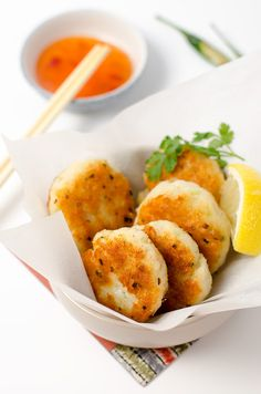 Easy Asian Style Fish Cakes | Omnivore's Cookbook