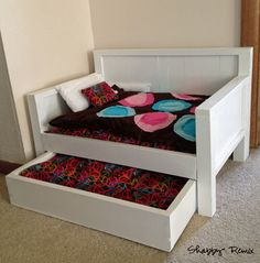 DIY American Girl Doll Bed, cute. I think I'll try to make a bunkbed and trundle, room for more dolls to sleep.  :)