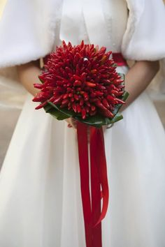 chili pepper bouquet for a 50s inspired bride