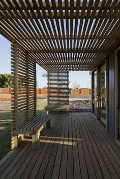 Gallery of Alphaville Store - Contain[it] / SuperLimão Studio - 5 - Pergola Ideas Backyard Patio Designs, Backyard Pergola, Patio Roof, Pergola Designs, Cheap Pergola, Patio Railing, Pergola Carport, Pergola Canopy, Backyard Projects