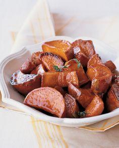 Maple-Glazed Sweet Potatoes | #glutenfree #grainfree #vegetarian