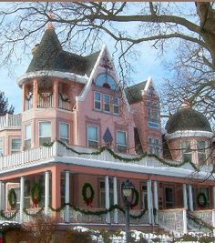 pink Victorian xmas home