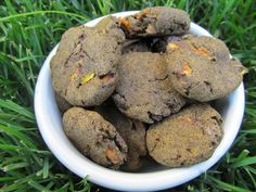 (grain and gluten free) peanut butter carrot dog treat/biscuit recipe